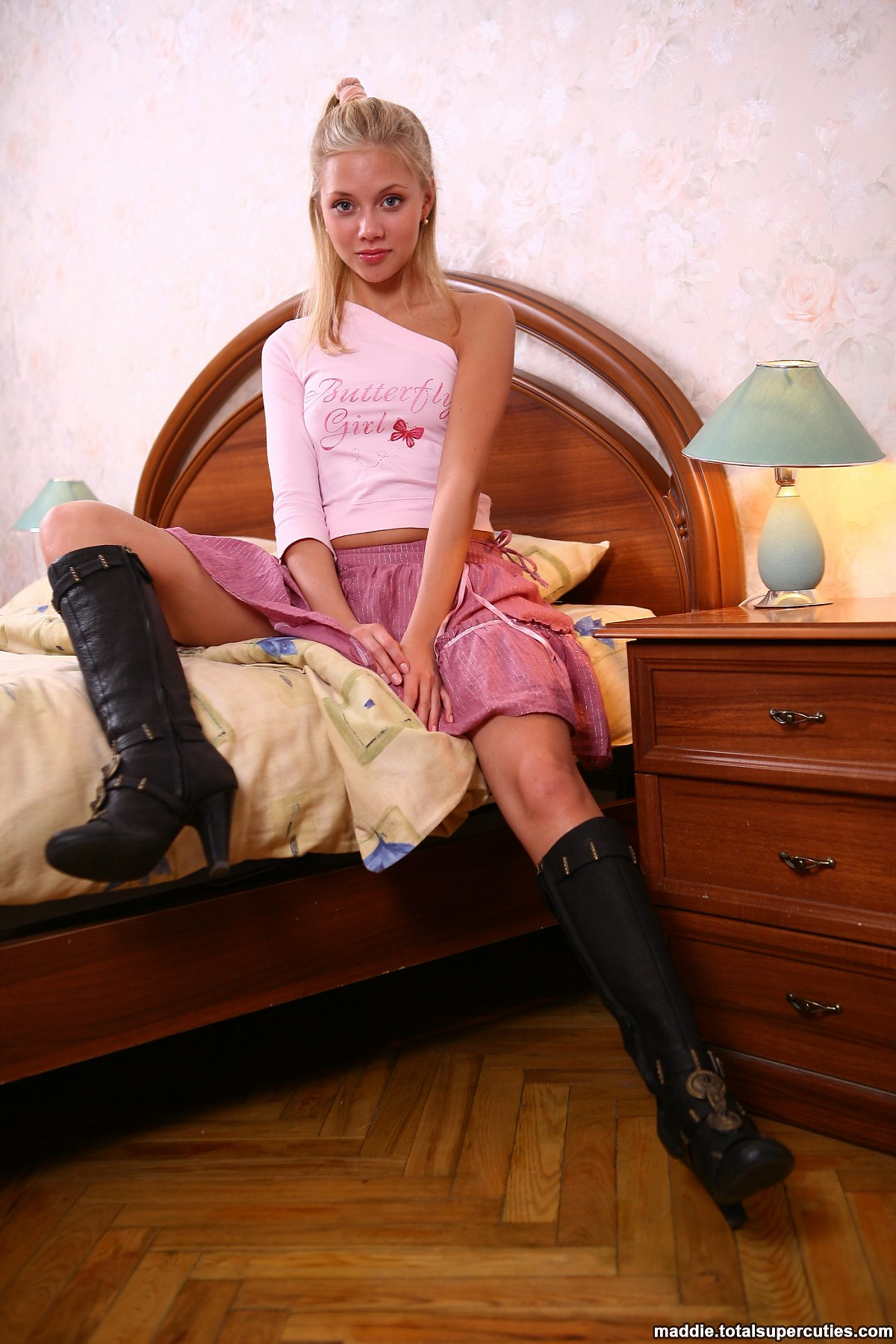 Boots Teen Picture 91